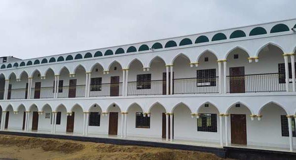 চাকরি দিচ্ছে আল-মা'হাদুল আরাবী আল আ'লামী (বালক শাখা)